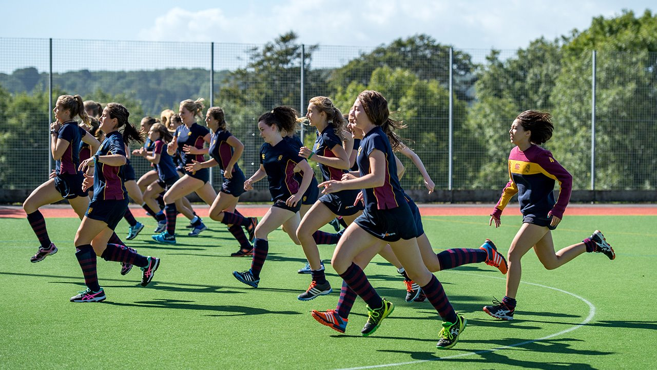 Brighton-College-Hockey-Warm-Up.jpg